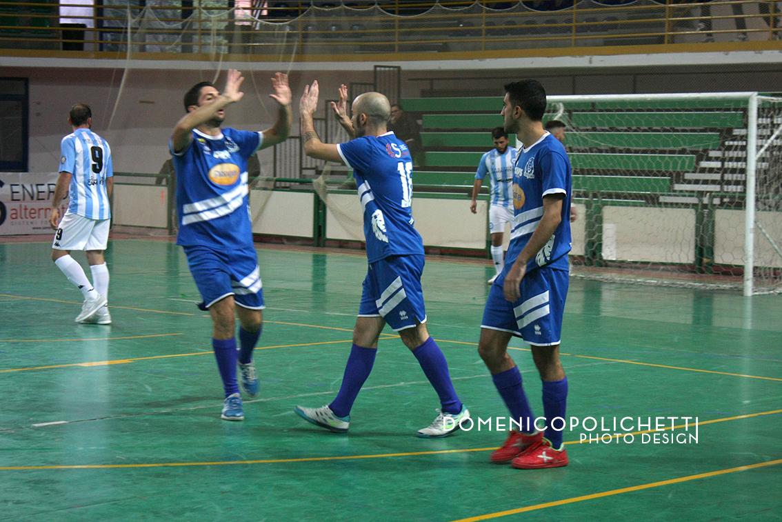 """La Florigel Andria """"blinda"""" il Palasport: 7-1 al Just Mola"""